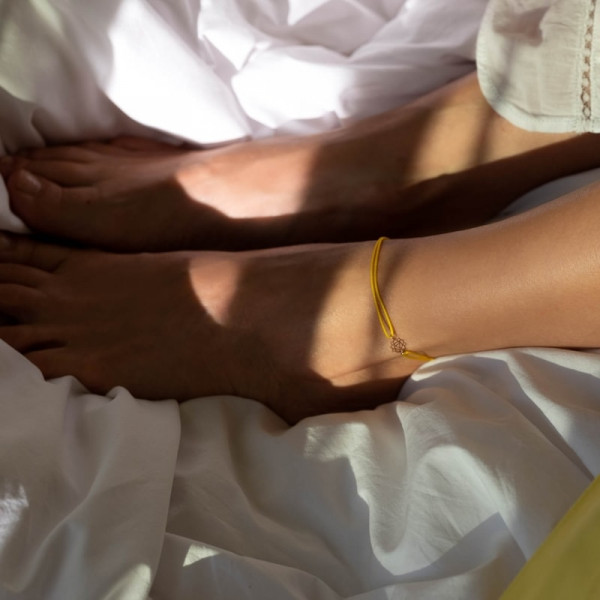 Confidence Anklet on thread