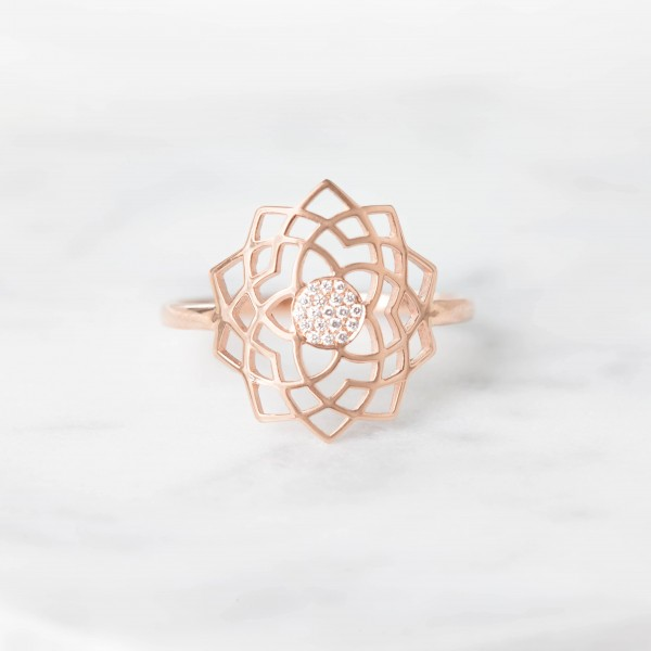 Sahasrara paved diamonds ring